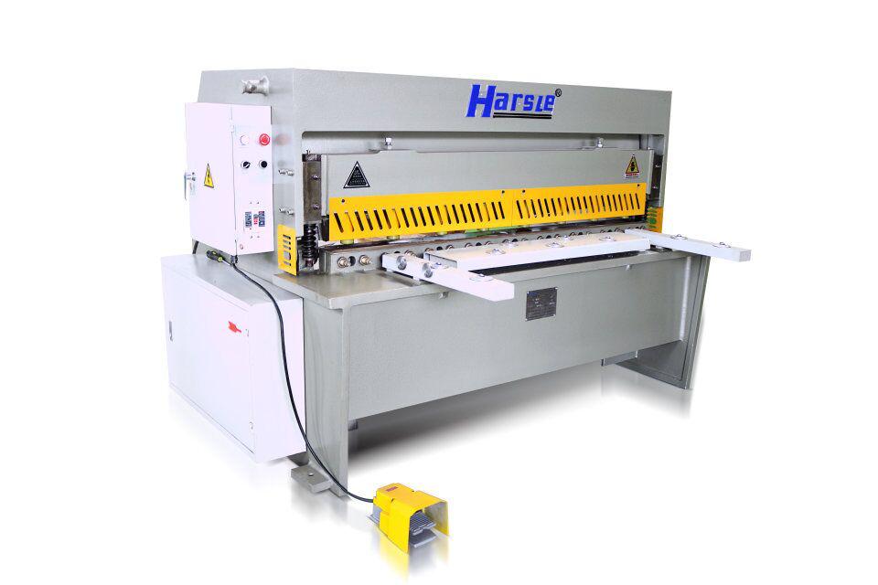 princip fungování stříhacího stroje